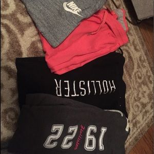 Lot of 4 joggers